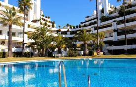 Luxury 5 bedroom apartments for sale in Andalusia. Duplex penthouse in a sought-after area on the Golden Mile