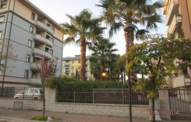 Coastal residential for sale in Montesilvano. Top floor apartment with terrace and sea view