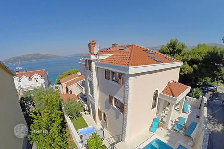 Residential to rent in Okrug Gornji. Detached house – Okrug Gornji, Split-Dalmatia County, Croatia
