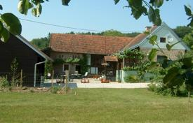 Residential for sale in Murska Sobota. Secluded house for a family holiday in the heart of the National Park in Slovenia at the border with Austria