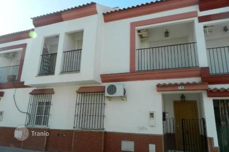 Foreclosed 3 bedroom houses for sale in Andalusia. Villa – Burguillos, Andalusia, Spain