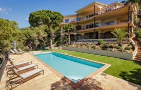 Houses with pools for sale in Cabrils. Luxury villa for sale, with beautiful landscaped gardens and breathtaking sea views