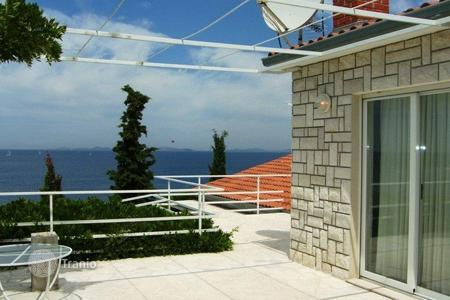 Coastal residential for sale in Sibenik-Knin. Villa Welles
