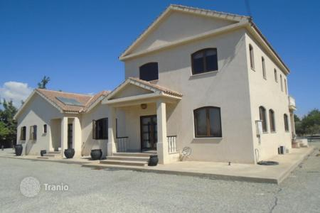 6 bedroom houses for sale in Larnaca. Six Bedroom Luxury House