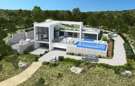 Luxury 3 bedroom houses for sale in Spain. Luxury villa with sea views in the exclusive area of Las Colinas Golf