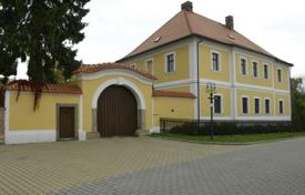 Houses for sale in Dašice. Castle – Dašice, Pardubice Region, Czech Republic