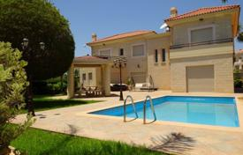 Property to rent in Limassol. This luxury 4 bedromed villa with large private pool nestled within the exclusive area of Agios Tychonas and offers panoramic sea