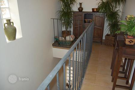 4 bedroom villas and houses by the sea to rent in Catalonia. Villa - Tossa de Mar, Catalonia, Spain