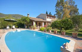 Residential for sale in Campanet. Delightful villa with flowering garden and swimming pool near Font Ufanes in Campanet, Mallorca, Balearic Islands, Spain