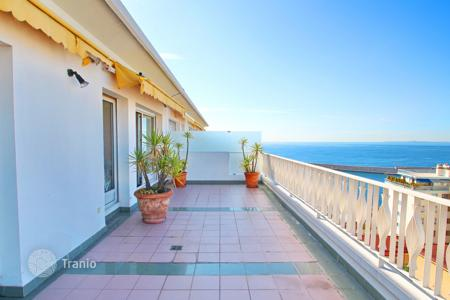 2 bedroom apartments for sale in Nice. Apartment with 2 terraces, sea and mountain views the top floor of a secured residence facing the beach in Nice, Cote d`Azur, France