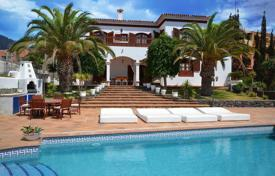 6 bedroom houses for sale in Costa Adeje. Villa – Costa Adeje, Canary Islands, Spain