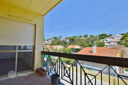 3 bedroom apartments for sale in Cascais. Apartments near the beach in Cascais, Portugal