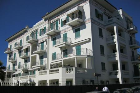 Luxury 6 bedroom apartments for sale in Southern Europe. Apartment – Bordighera, Liguria, Italy