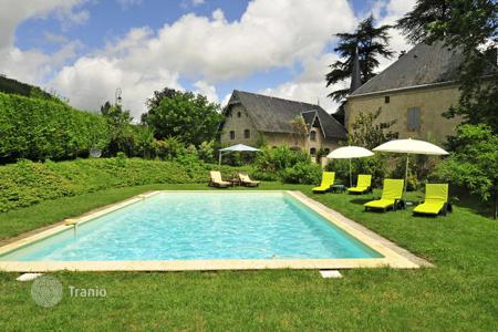 Villas and houses for rent with swimming pools in Tarn-et-Garonne. Tourelle