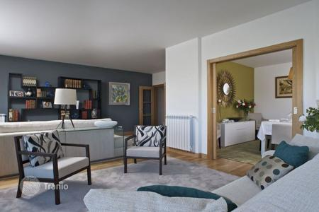4 bedroom apartments for sale in Lisbon. Apartment – Lisbon, Portugal