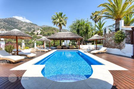Houses for sale in Costa del Sol. Exceptional Villa in Las Lomas de Mijas, Mijas