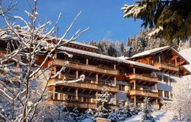 Apartments for sale in Salzburg. Duplex penthouse in a residential complex on the slopes in Кitzbühel Alps