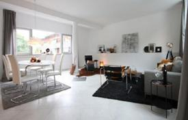 3 bedroom apartments for sale in Bavaria. Renovated three-bedroom apartment in Tegernsee, Bavaria, Germany