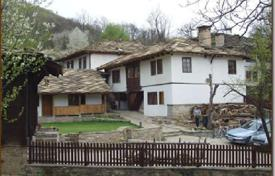 6 bedroom houses for sale in Bulgaria. Detached house – Gabrovo, Bulgaria