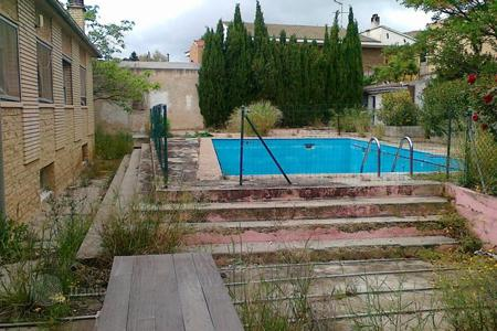 Bank repossessions property in Aragon. Villa – Saragossa, Aragon, Spain