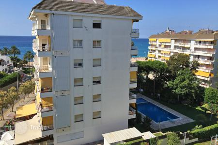 3 bedroom apartments for sale in Costa Brava. Apartment – Lloret de Mar, Catalonia, Spain