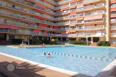 Coastal residential for sale in Malgrat de Mar. Apartment – Malgrat de Mar, Catalonia, Spain