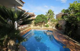 Houses for sale in Cambrils. Villa – Cambrils, Catalonia, Spain