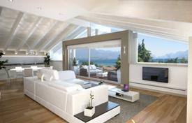 Penthouses for sale in Lake Garda. Penthouse with underground garage, terrace and lake view, in Desenzano Del Garda, Brescia, Italy