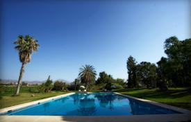 Residential for sale in Mutxamel. Mansion with garden and swimming pool in Muchamiel