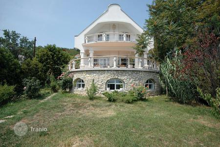 5 bedroom houses for sale in Zala. The property is located in a modern town, near to Keszthely