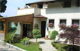 6 bedroom houses for sale in Stresa. Villa – Stresa, Piedmont, Italy