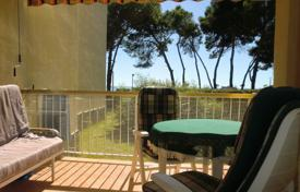 Cozy apartment with one bedroom and a terrace, Cambrils, Spain for 205,000 €