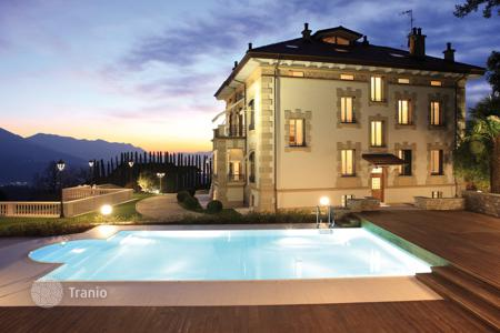 Luxury houses with pools for sale in Lombardy. Villa – Luino, Lombardy, Italy