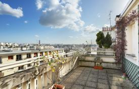 Luxury property for sale in Neuilly-sur-Seine. Neuilly-sur-Seine. An over 160 m² family apartment.