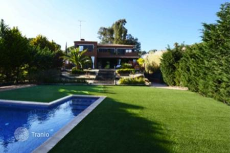 Luxury property for sale in Costa del Maresme. Townhome - Sant Andreu de Llavaneres, Catalonia, Spain