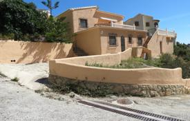 Houses for sale in Cumbre. Villa of 3 bedrooms with terrace, BBQ area and pool with sea views in Benitachell
