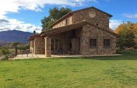 Houses for sale in Umbria. Villa – Perugia, Umbria, Italy