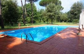 Villa – Massa, Tuscany, Italy. Price on request