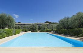 3 bedroom apartments for sale in Roquebrune - Cap Martin. Prestigious residence — parc, swimming pool