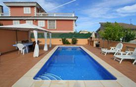 4 bedroom houses for sale in Majorca (Mallorca). Villa – Son Ferrer, Balearic Islands, Spain