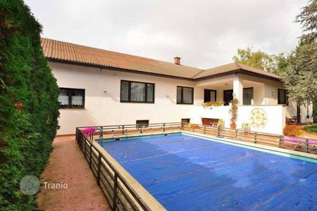Houses for sale in Austria. Elegant villa near the lake Neusiedler-See