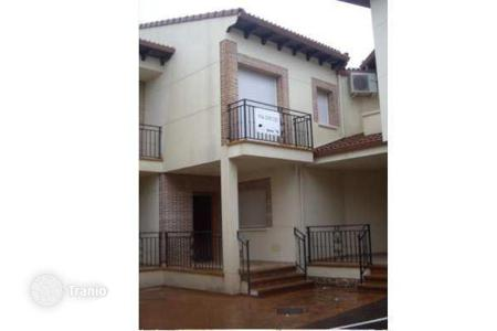 Cheap houses for sale in Avila (Valle de Ambles y Sierra de Avila). Detached house – Avila (Valle de Ambles y Sierra de Avila), Castille and Leon, Spain