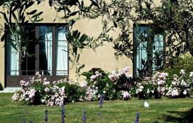 Villa – Florence, Tuscany, Italy for 7,400 € per week