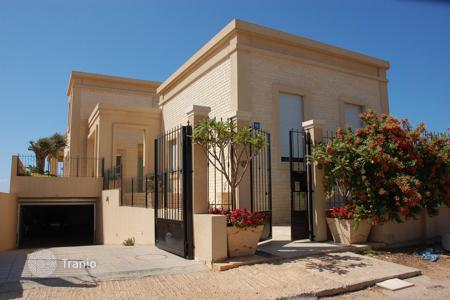 Luxury houses for sale in Western Asia. Townhome – Netanya, Center District, Israel