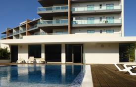 2 bedroom apartments for sale in Faro. Two bedroom apartment with pools and sea views, Lagos, West Algarve