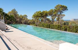 Luxury houses with pools for sale in Sant Josep de sa Talaia. Contemporary newly built villa close to Cala Jondal