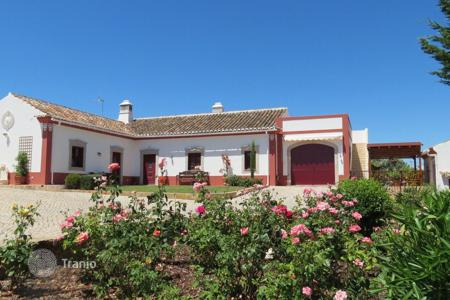 4 bedroom houses for sale in Algarve. Villa – São Brás de Alportel, Faro, Portugal