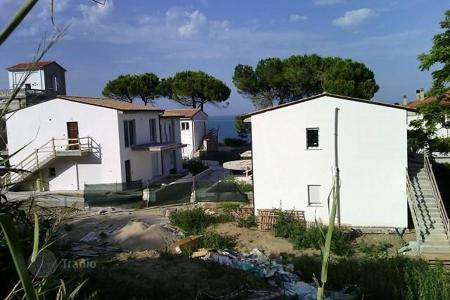 Apartments for sale in Abruzzo. Apartments with sea view in new residential complex, 100 meters from the beach in San Vito Chietino, Italy