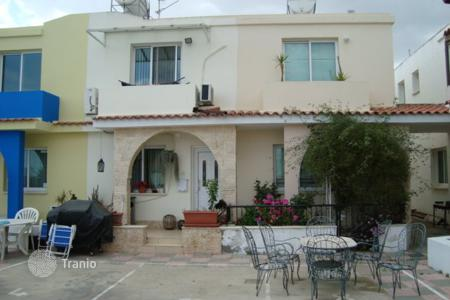 Houses with pools for sale in Livadia. Two Bedroom Maisonette