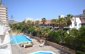 Apartments with pools for sale in Playa. Bright fully furnished apartments in Las Americas
